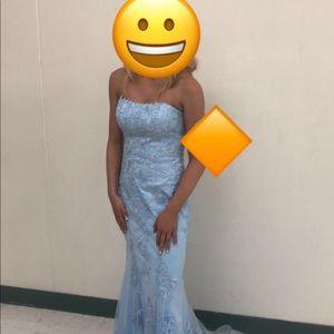 Beautiful JVN by Jovani dress!
